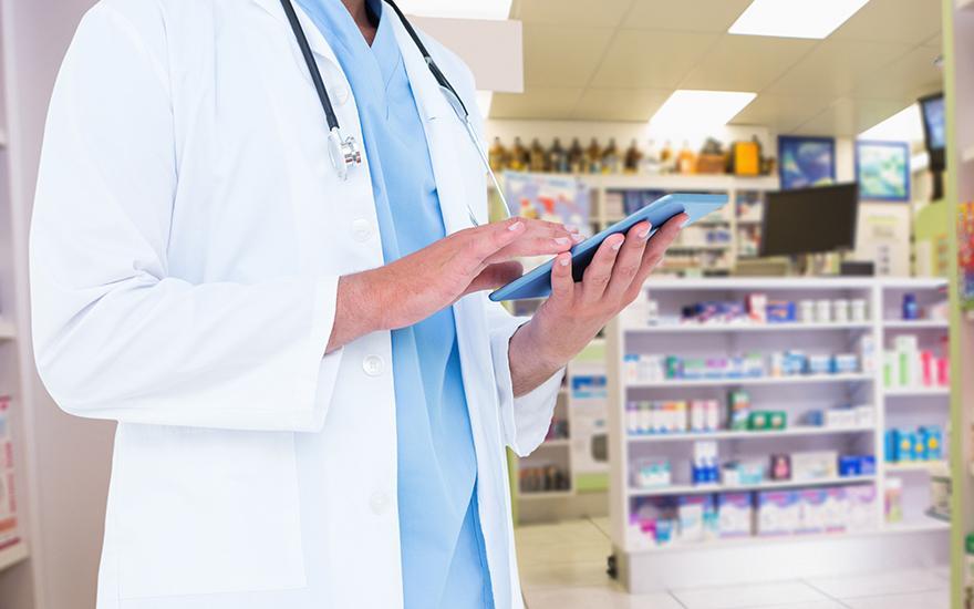 lekára s tabletou